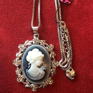 NEW Cameo Necklace